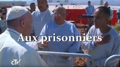 Le pape François invite les détenus à demander à Dieu la paix
