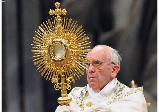 Mener une « vie eucharistique »
