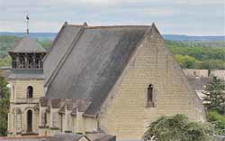 La Paroisse Ste J. d'Arc en chinonais a un nouveau curé